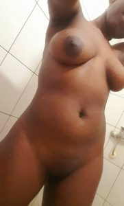 Sandra-beautiful-hot-call-girl-in-nyali-mombasa-on-kenyahotgirls